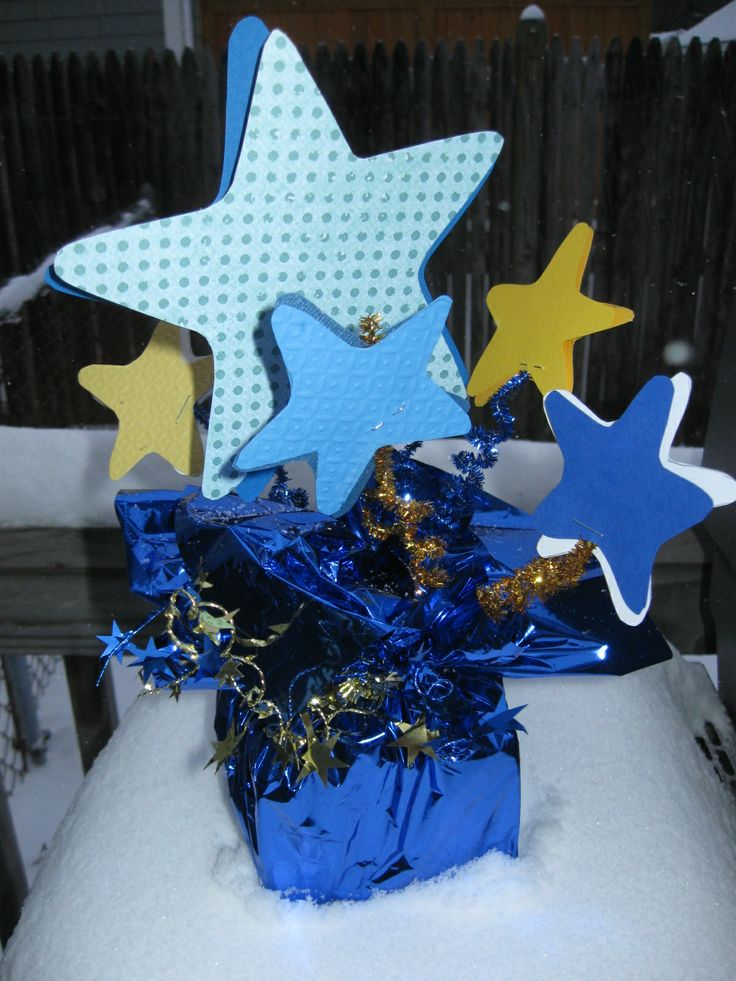 blue and gold banquet ideas | ... Toes by Christy Craig: Cub Scouts Blue and Gold Dinner Centerpieces