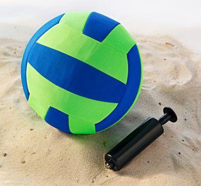 Die Strand- und Sandplatz-Saison hat begonnen! Neopren Beachball Größe 5, inkl. Luftpumpe jetzt bei Weltbild bestellen #kinder #spielen #spaß  #weltbild