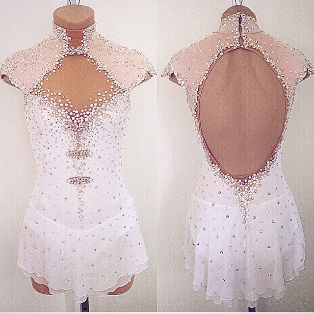 "1,165 Gostos, 21 Comentários - Lisa McKinnon (@lisamckinnon90210) no Instagram: ""Prettiness  A custom Lisa McKinnon dress  #lisamckinnon #costumedesigner #custom #custommade…"""