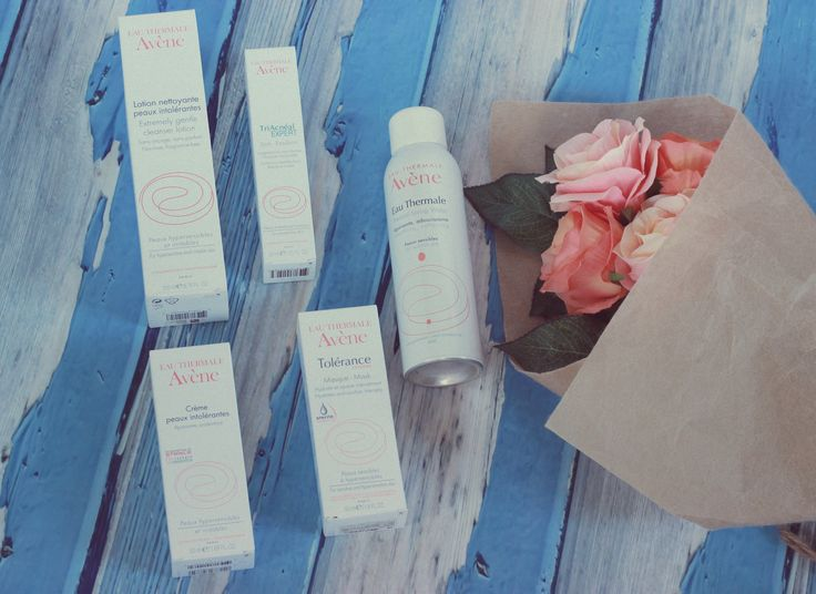 Avene, Thermal Spring Water, Avene Extremely Gentle Cleanser Lotion, Avene Tolerance Extreme Mask, TriAcneal Expert, skin Recovery cream, skincare, sensitive skin, review, beauty products, acne, guide, makeup, summer, cosmetics, essentials eye makeup, best, remover