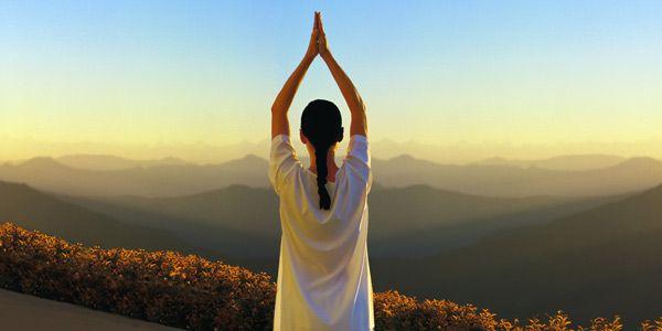 Praticare Yoga all'aperto, benefici e precauzioni | Passione Yoga