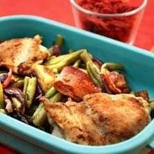 Baconsallad med haricot vertes och kyckling - Recept - Tasteline.com