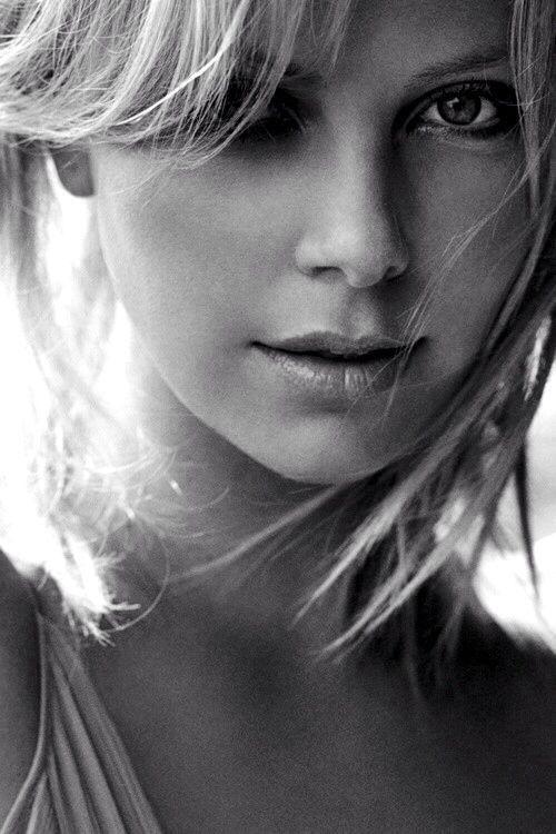 2370 best Portraits images on Pinterest Faces, Beautiful women - www küchen quelle de