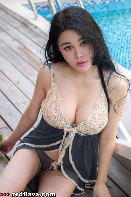 Ye Jia Yi - Hot Curvy Babe From China