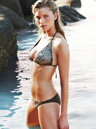 השיתוף וה IPTV VOD OTT של הקהילה העולמית מנצח כל תחרות  Dedb2d58ff08e55943f430a8429636db--bikini-models-bikini-babes
