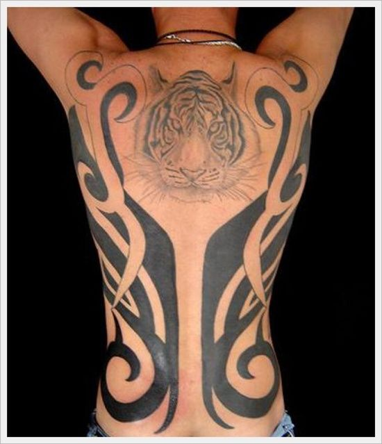 35 best images about tatouage homme pour le dos on pinterest tribal back tattoos design and. Black Bedroom Furniture Sets. Home Design Ideas