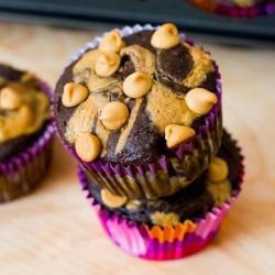 Skinny Peanut Butter Swirl Cupcakes by sallysbakeblog