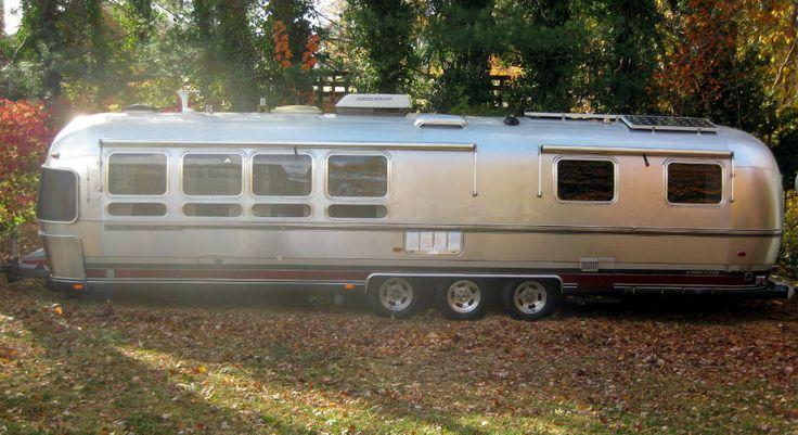1993 Airstream Limited 34 - Massachusetts