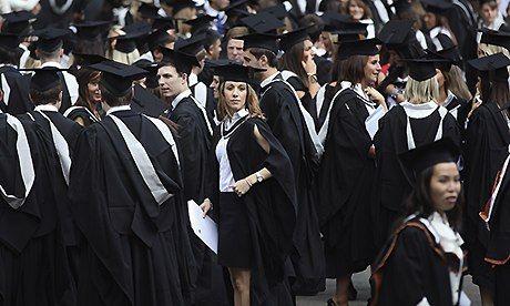 Half of recent UK graduates stuck in non-graduate jobs, says ONS