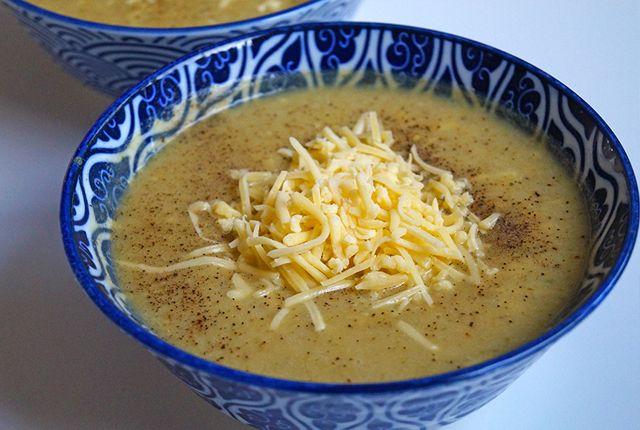 Op zoek naar een lekkere bloemkool broccoli soep, die goed vult én makkelijk is? Dan is dit het recept voor jou! Lekker romig en snel klaar. Naar recept >