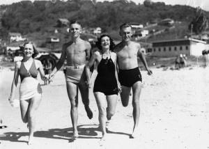 Beachgoers at Burleigh Heads 1938