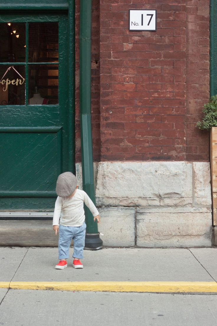 People Footwear — Roaming Around Toronto's Distillery District – Trish Papadakos Photo #TheStanleyKids