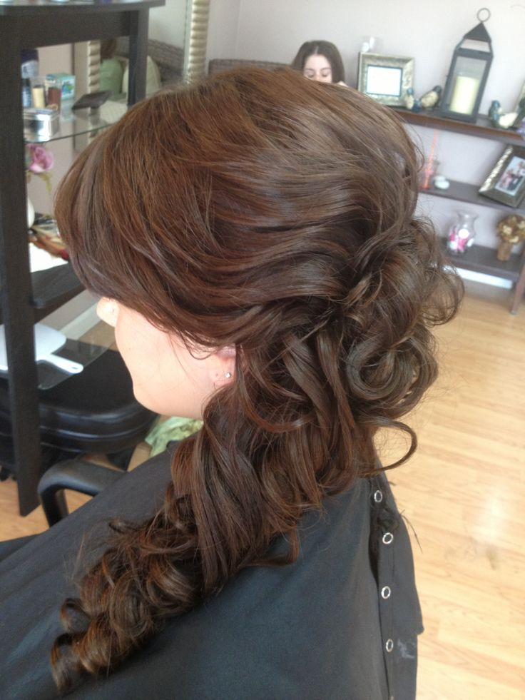 Quinceanera Hairstyles On The Side : Best 25 side ponytail prom ideas on pinterest bridesmaid side