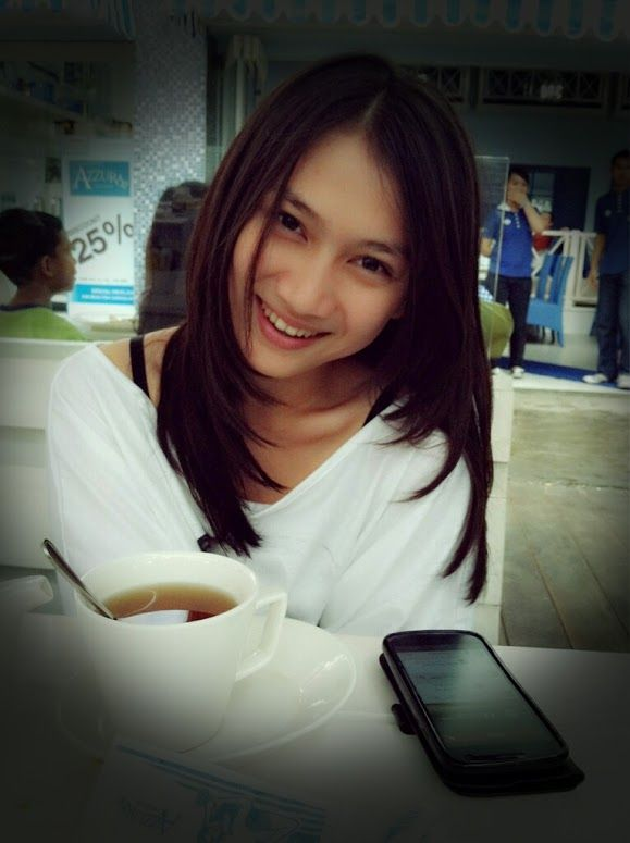 Melody Nurramdhani Laksani (member of idol group JKT48) :))