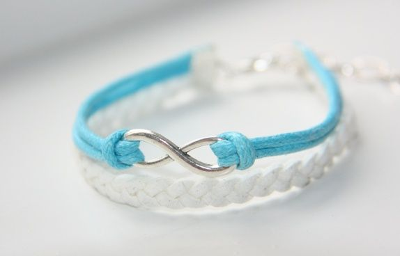 Eternity bracelet White http://epla.no/shops/LilliogLucas-smykk/