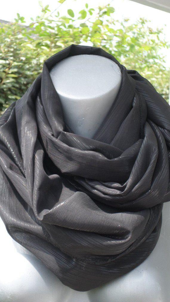 Snood écharpe tube tour du cou foulard etole noir brillante scintillante femme   créateur lin eva soirée mariage fête chic cérémonie 5a5b83acd03