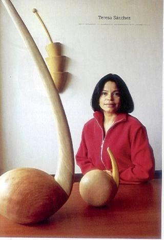 Teresa Sánchez, escultura en madera, wood sculpture.