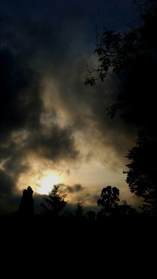 Tormenta al Amanecer