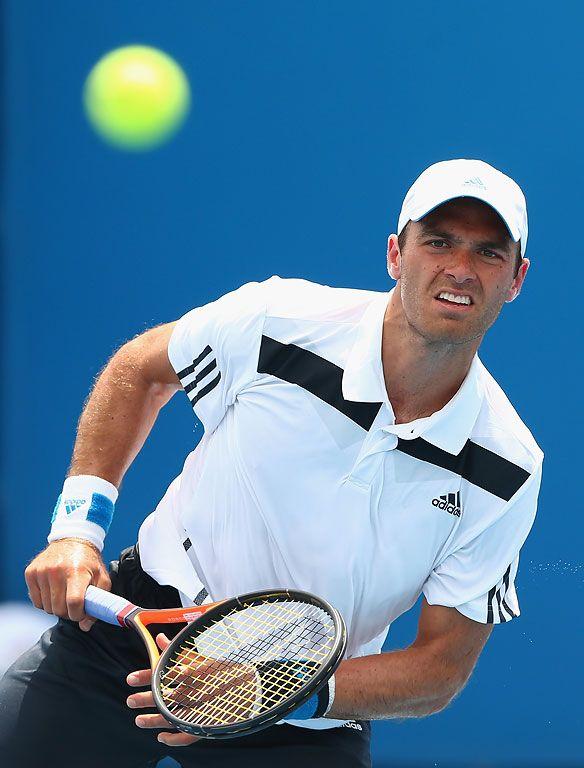 Ross triunfa en 1ra ronda de Australia 2014