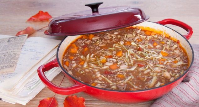 Dig into this hearty and filling Beef & Cabbage Hotpot.  Thanks to Six Little Hearts for the recipe.  #familyfavourite #dinner #recipe