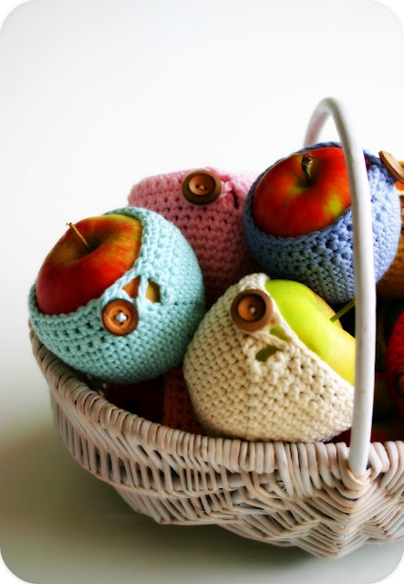 crochet apple cover
