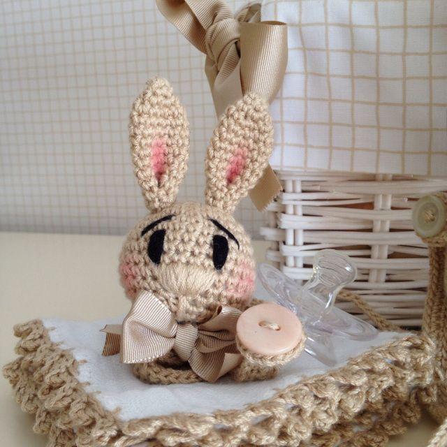 ༺༺༺♥Elles♥Heart♥Loves♥༺༺༺ ........♥Crochet Amigurumi♥........ #Amigurumi #Patterns #Crochet #Softies #Childrens #Toys #Handmade #Teddy #Doll #Tutorial #Patterns #Collectable~ ♥Beautiful Crochet Work By El Gancho De Lola Pacifier Bunny