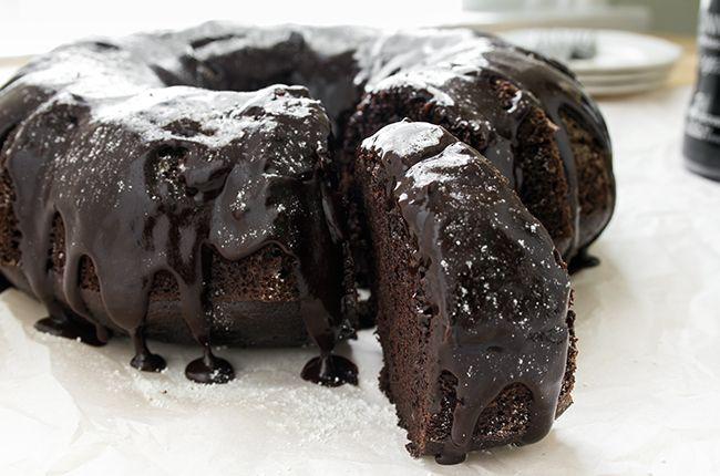 Recipe:+Dark+Chocolate+Guinness+Cake