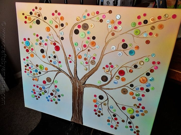 Sweet button tree canvas... I'm really liking the canvas art lately, but where I am going to display them all???