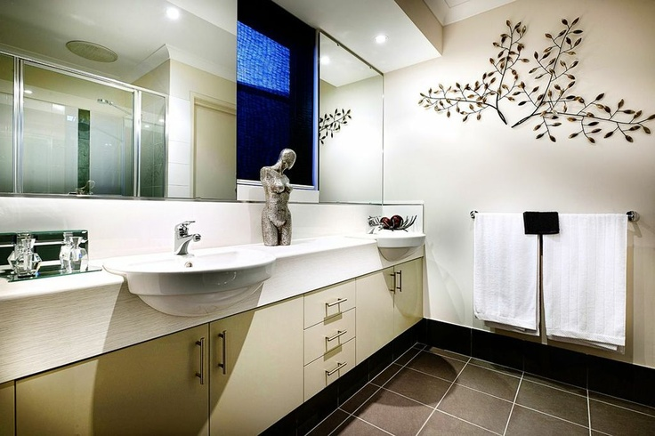 Double sink in master bedroom ensuite