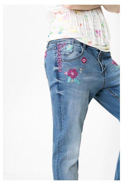 Jeans boyfriend bordados   Desigual.com