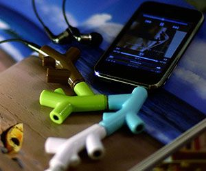 Share the good times by sharing some good tunes with some friends using the branch headphone splitter. The ingenious design of the splitter gives you the...