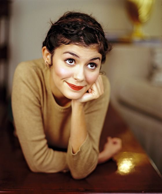My dream wife!: Red Lipsticks, Audrey Tatou, Girls Crushes, Audreytautou, Audrey Tautou, Audrey Hepburn, Audreytatou, French Beautiful, Hair