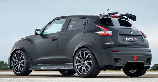2017 Nissan Juke Nismo - rear