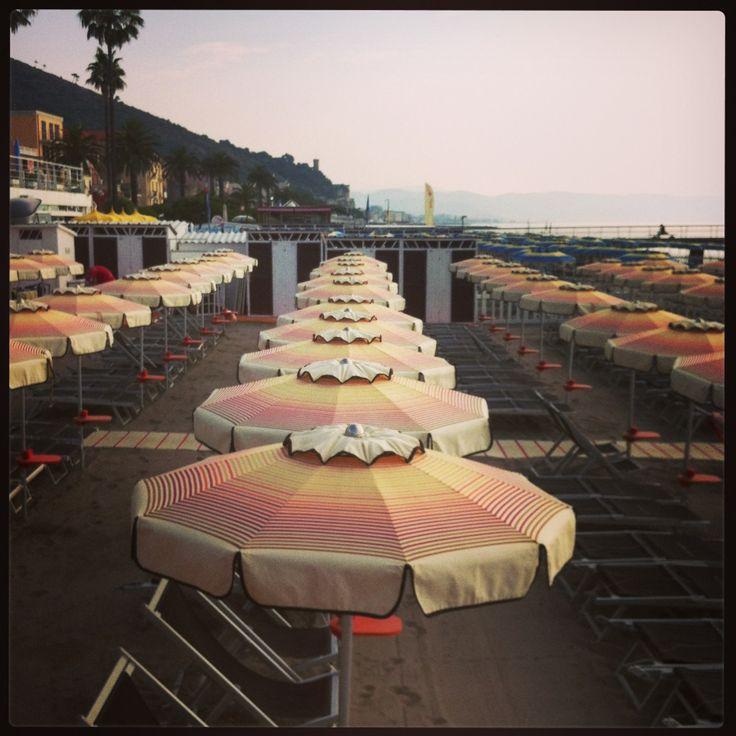 Stunning morning at Bagni Carlotta Ceriale  #liguria #italy  ombrelloni