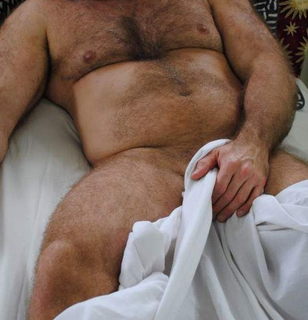 """strongbearsbr:I'm back. Follow @STRONGBEARSBR http://strongbearsbr.tumblr.com  W♂♂F   (WARNING!  Not the place for """"Pretty Boys"""" or their fans)"""