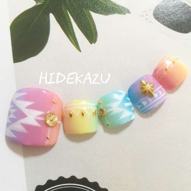 summer fes pedicure