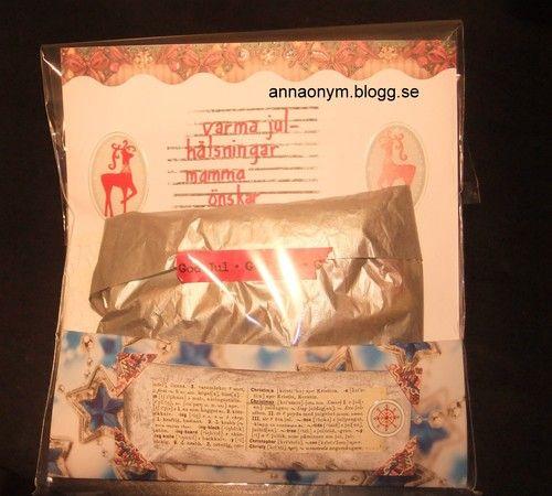 En plastpåse och en text från en engelsk ordbok blev ett paket till mamma.