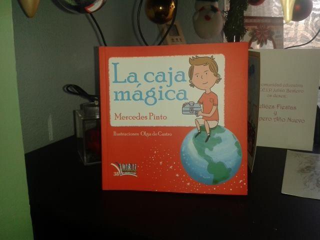 """""""La caja mágica"""" de Mercedes Pinto Maldonado. Editorial Libros Mablaz"""