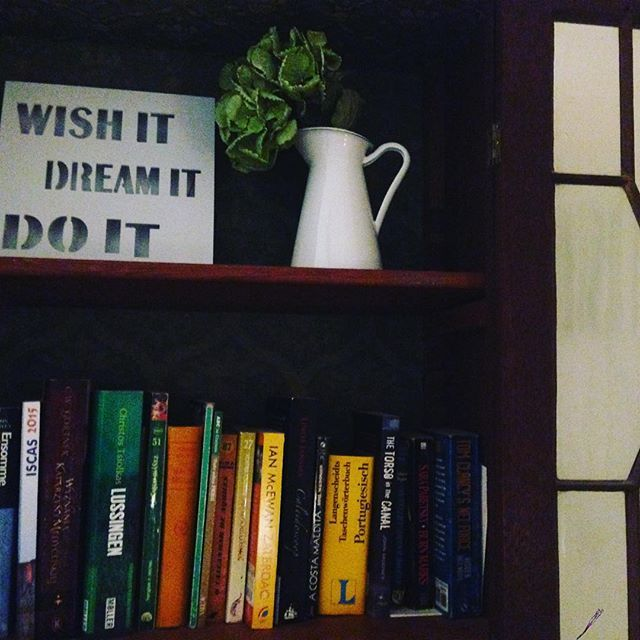 Wish it, dream it, do it! And books without doubt help us on the way.. :) #lisbondreamsguesthouse