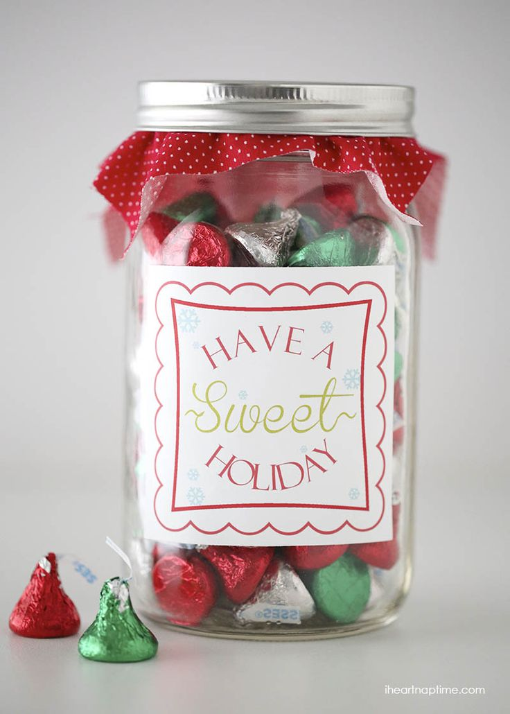 """Have a """"sweet"""" holiday free printable tag on iheartnaptime.net ... easy and cute gift idea!"""