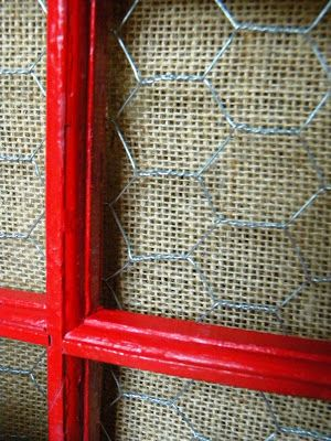 window frame with burlap and chicken wire