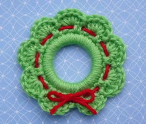 Crochet Wreath Ornament | AllFreeChristmasCrafts.com
