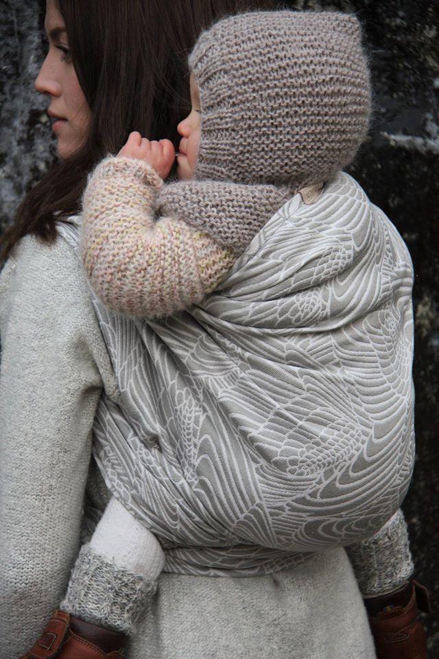 Lollik Vinger Almost a Swan Wrap (linen)