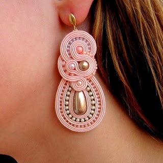 Aurus -- I think this is made with soutache or gimpe, but not sure.  More on the website!