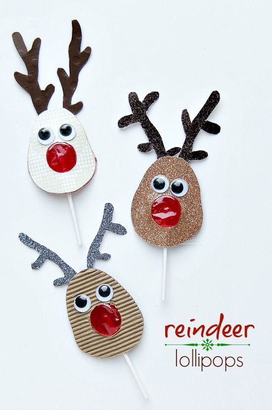 How to make reindeer lollipops - a great last-minute craft that kids can make and gift this holiday season.
