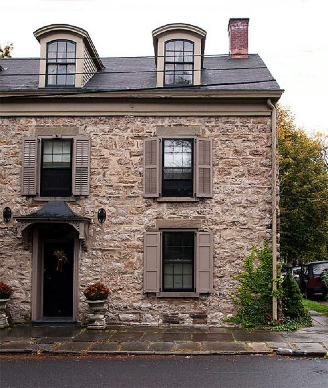 A Bewitching Old Stone House in The Hudson Valley & 45 best Kingston ny images on Pinterest | Hudson valley Kingston ...