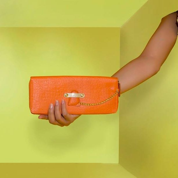 This well-designed #orange wallet is a stunner and perfect to add a refreshing feel to your entire look and personality. Carry it in your palm and make heads turn in awe. This #wallet is available at any Exclusive Baggit Outlets and at www.baggit.com.