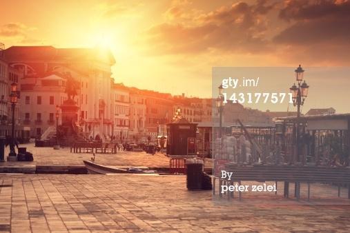 在威尼斯的免版稅圖片:日出