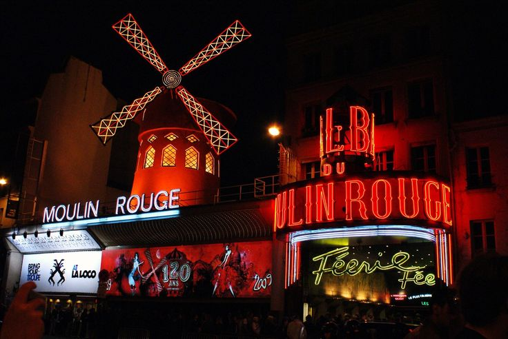 Шоу Moulin Rouge в Париже