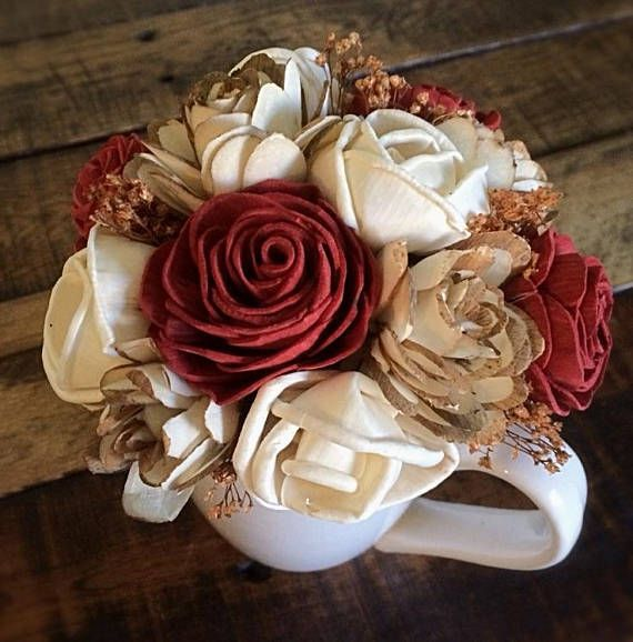 Sola Wood Flower Centerpiece Mug